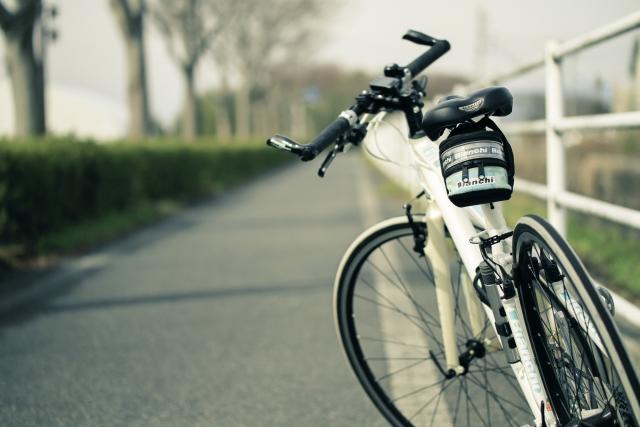 ロードかクロスで迷ってる人は絶対クロスバイクがおすすめな理由